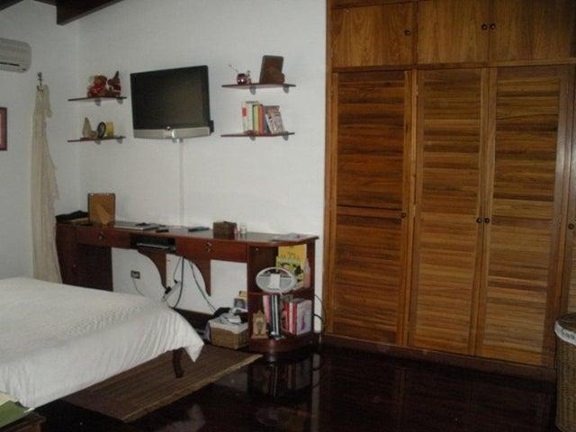 Casa Distrito Metropolitano>Caracas>Prados del Este - Venta:444.840.000.000 Precio Referencial - codigo: 16-15531