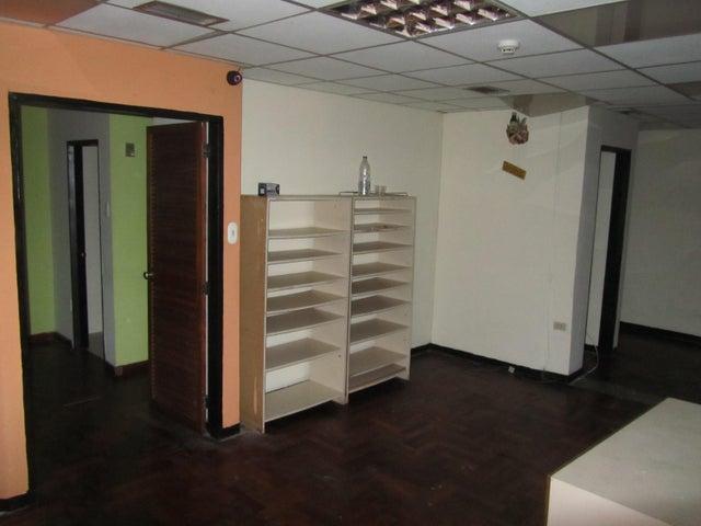 Local Comercial Distrito Metropolitano>Caracas>El Recreo - Venta:13.964.000.000 Bolivares - codigo: 16-15571