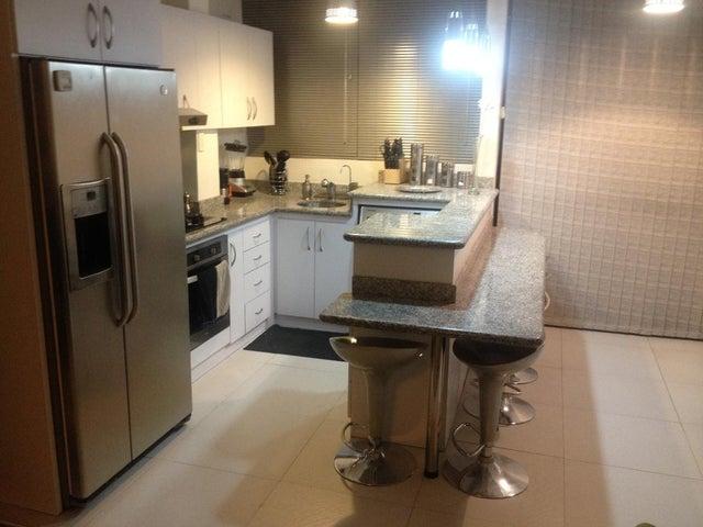 Apartamento Distrito Metropolitano>Caracas>Chacao - Venta:9.053.000.000 Bolivares Fuertes - codigo: 16-15575