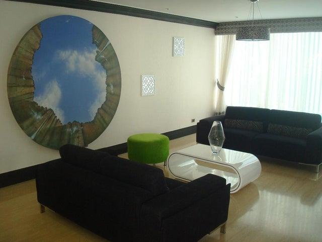 Apartamento Distrito Metropolitano>Caracas>La Florida - Venta:160.000.000 Bolivares Fuertes - codigo: 16-15586