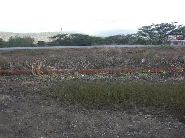 Terreno Falcon>Coro>Las Calderas - Venta:575 Precio Referencial - codigo: 16-15612