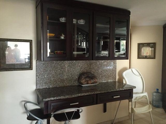 Apartamento Zulia>Maracaibo>La Lago - Venta:47.197.000.000 Bolivares Fuertes - codigo: 16-15684