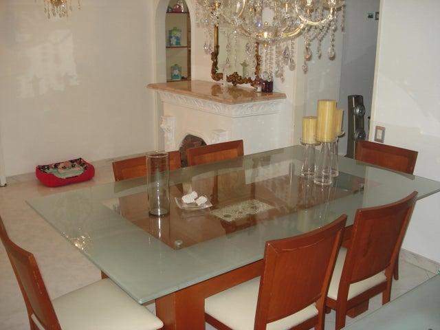 Apartamento Distrito Metropolitano>Caracas>Montalban III - Venta:20.820.000.000 Bolivares Fuertes - codigo: 16-15715