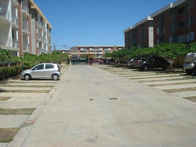 Apartamento Miranda>Higuerote>La Costanera - Venta:18.809.000.000 Precio Referencial - codigo: 16-15799