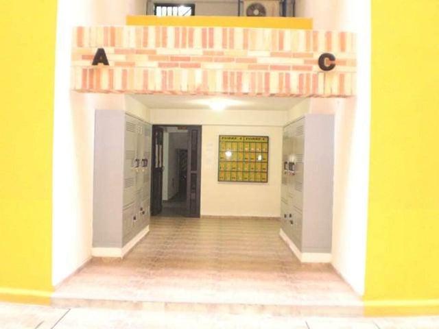 Apartamento Aragua>Maracay>El Limon - Venta:190.000.000 Bolivares Fuertes - codigo: 16-15812