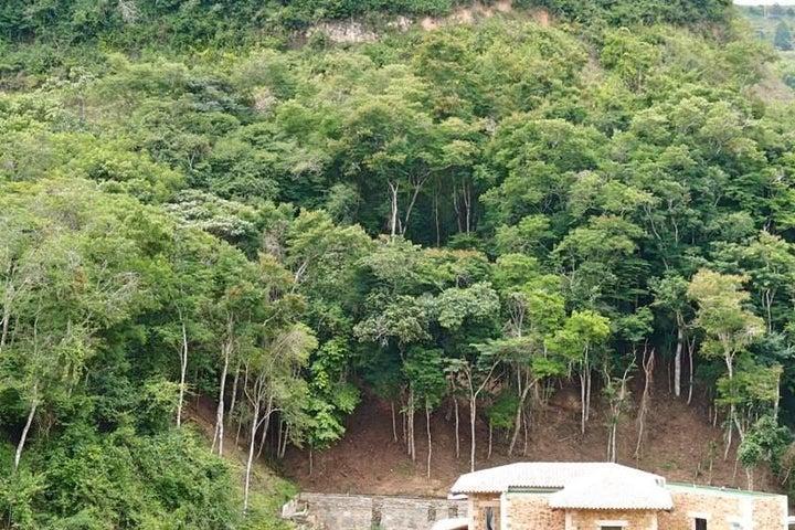 Terreno Distrito Metropolitano>Caracas>El Hatillo - Venta:4.514.000.000 Precio Referencial - codigo: 16-15852
