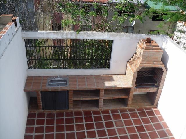 Casa Miranda>Guarenas>Altos de Copacabana - Venta:7.878.000.000 Precio Referencial - codigo: 16-15868