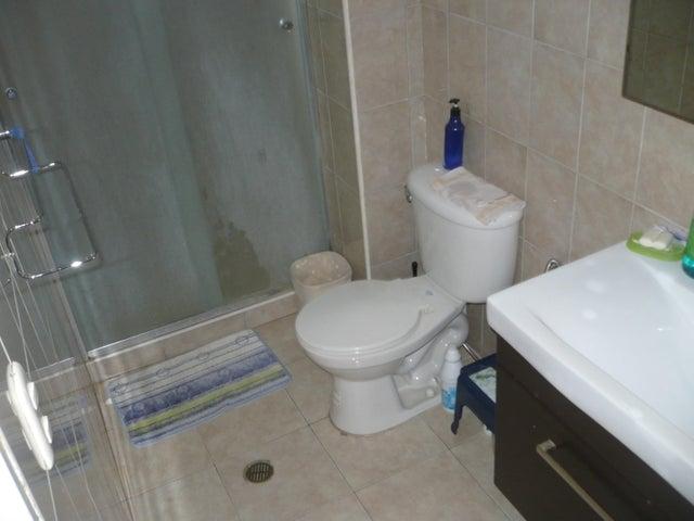 Apartamento Anzoategui>Lecheria>Casco Central - Venta:28.361.000.000 Precio Referencial - codigo: 16-15874