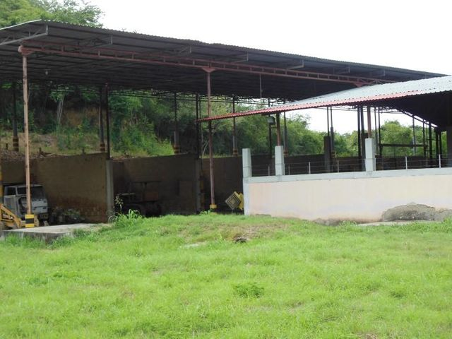 Terreno Miranda>Santa Teresa>Centro - Venta:226.318.000.000 Bolivares - codigo: 16-16398