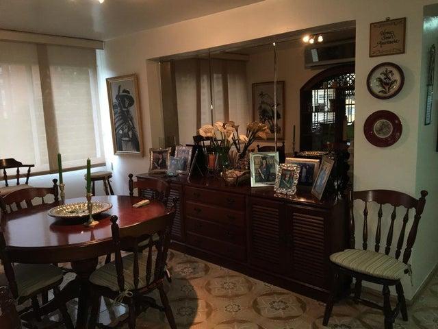 Apartamento Distrito Metropolitano>Caracas>Santa Paula - Venta:91.385.000.000 Precio Referencial - codigo: 16-15925