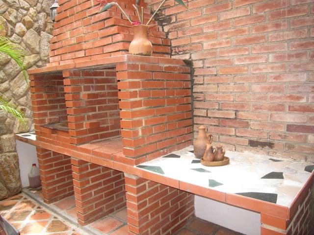 Casa Miranda>Charallave>Colinas de Betania - Venta:70.548.000.000 Precio Referencial - codigo: 16-16032