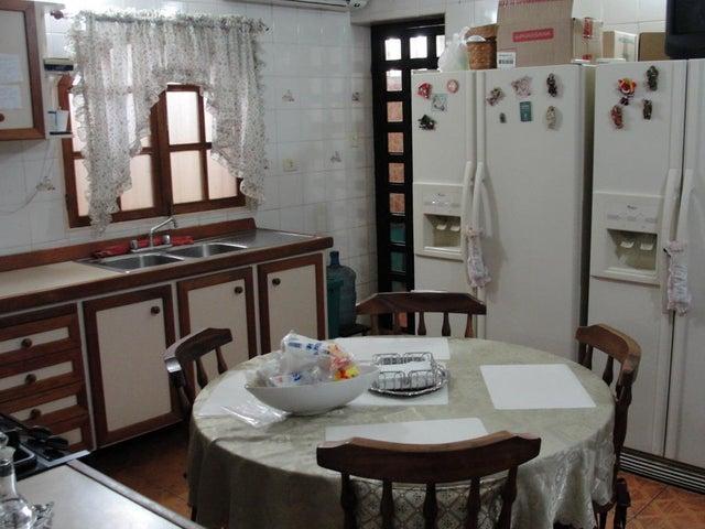 Casa Falcon>Punto Fijo>Santa Fe - Venta:7.468.000.000 Bolivares - codigo: 16-17184