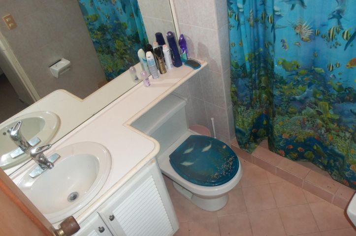 Apartamento Vargas>Parroquia Caraballeda>Caribe - Venta:95.000 US Dollar - codigo: 16-16027
