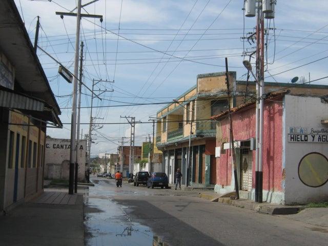 Casa Carabobo>Valencia>Santa Rosa - Venta:0  - codigo: 16-16025