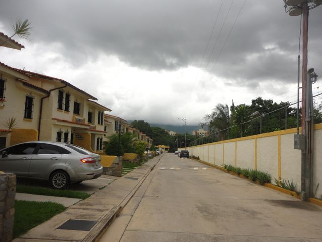 Townhouse Carabobo>Municipio Naguanagua>Mañongo - Venta:0  - codigo: 16-16191