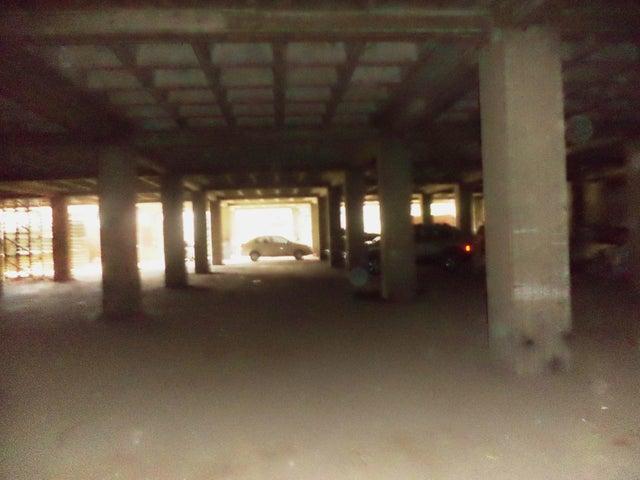 Local Comercial Distrito Metropolitano>Caracas>Cementerio - Venta:2.137.000.000 Precio Referencial - codigo: 16-16241