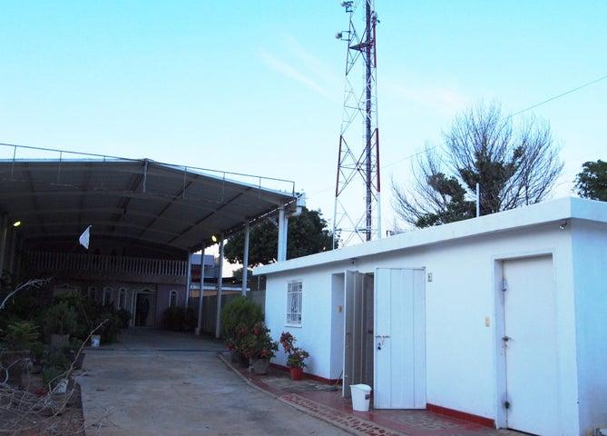 Oficina Zulia>Municipio San Francisco>Sierra Maestra - Alquiler:39.000.000 Precio Referencial - codigo: 16-16263