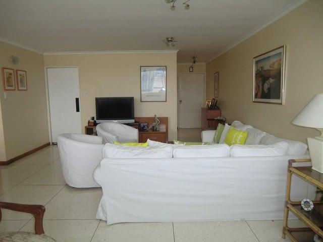 Apartamento Distrito Metropolitano>Caracas>Montecristo - Venta:36.113.000.000 Precio Referencial - codigo: 16-16283