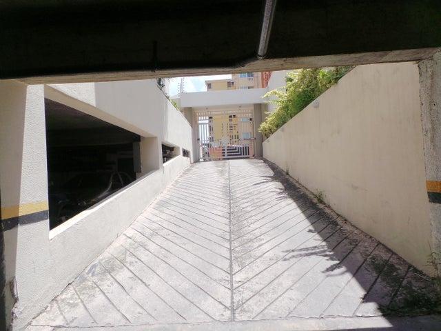 Apartamento Aragua>Maracay>El Bosque - Venta:20.369.000.000 Bolivares Fuertes - codigo: 16-16295