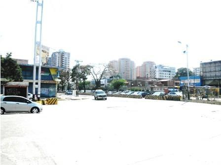 Terreno Carabobo>Valencia>Avenida Bolivar Norte - Venta:31.800.000.000 Bolivares Fuertes - codigo: 16-16322