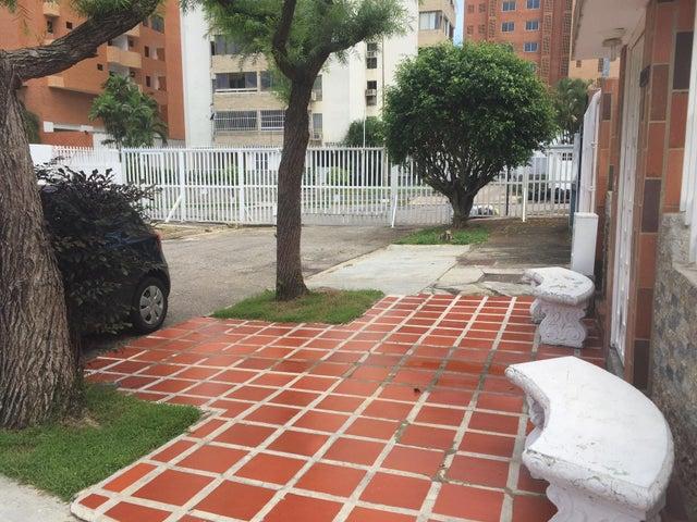 Casa Carabobo>Valencia>La Trigaleña - Venta:0  - codigo: 16-16328
