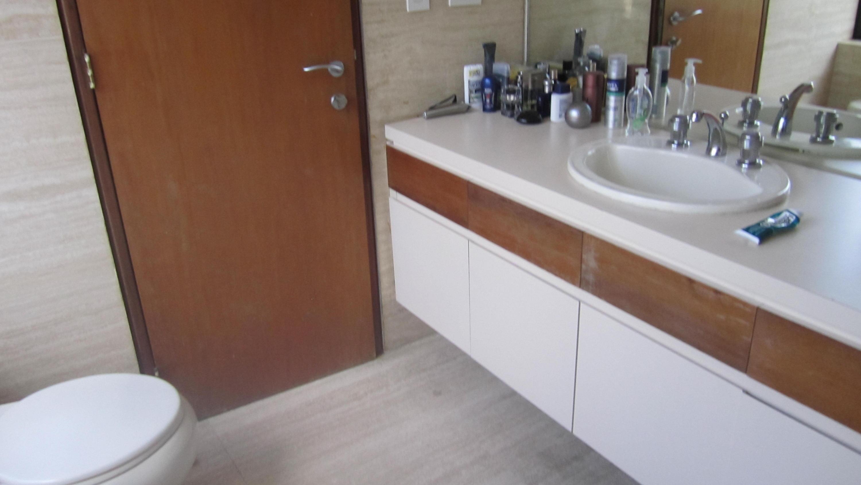 Apartamento Distrito Metropolitano>Caracas>Los Chorros - Venta:540.000 US Dollar - codigo: 16-16335