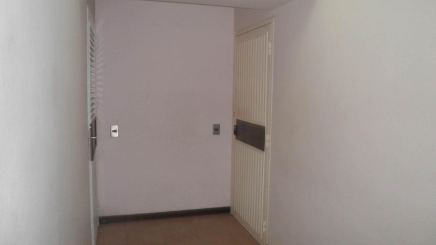 Apartamento Distrito Metropolitano>Caracas>El Cigarral - Venta:64.126.000.000 Precio Referencial - codigo: 16-16365