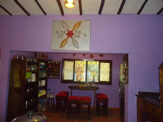 Casa Carabobo>Valencia>Sabana del Medio - Venta:200.000.000 Bolivares - codigo: 16-16409
