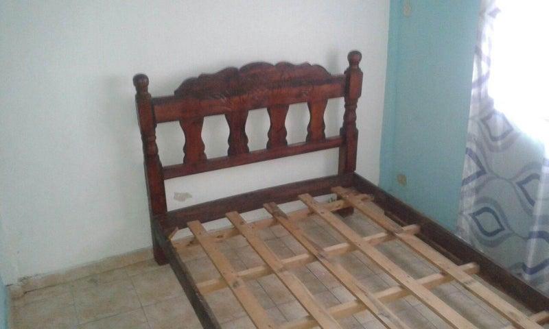 Casa Carabobo>Municipio Los Guayos>Paraparal - Venta:45.000.000  - codigo: 16-16417