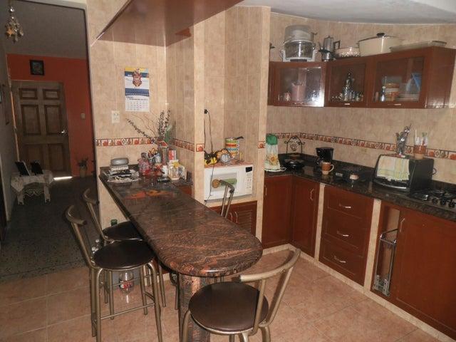 Casa Zulia>Maracaibo>Cuatricentenario - Venta:6.413.000.000 Precio Referencial - codigo: 16-16437