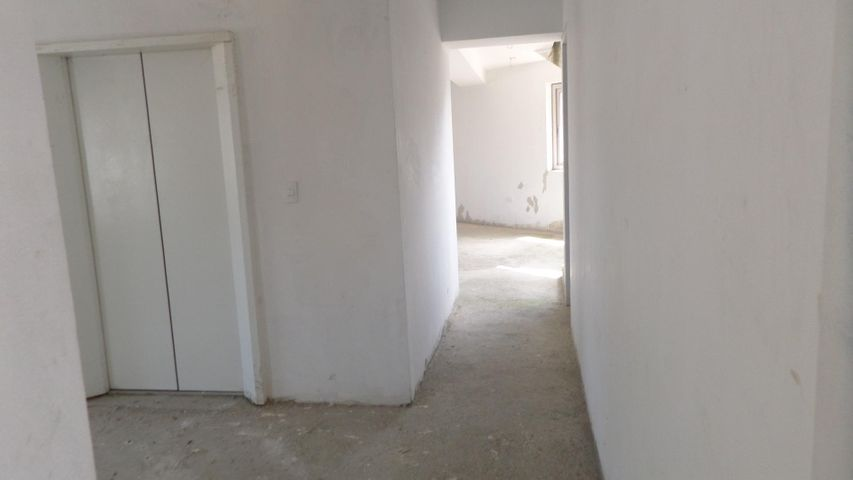 Apartamento Distrito Metropolitano>Caracas>Los Dos Caminos - Venta:396.972.000.000 Precio Referencial - codigo: 16-16454
