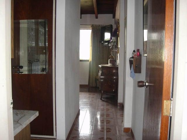 Casa Distrito Metropolitano>Caracas>Miranda - Venta:122.145.000.000 Precio Referencial - codigo: 16-16498