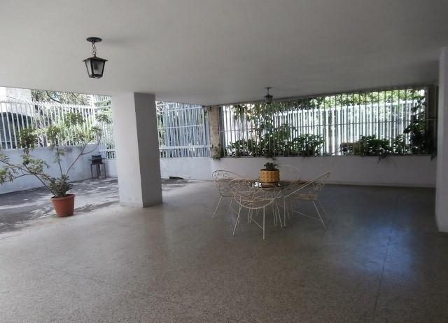 Apartamento Distrito Metropolitano>Caracas>San Bernardino - Venta:24.249.000.000 Bolivares Fuertes - codigo: 16-16485
