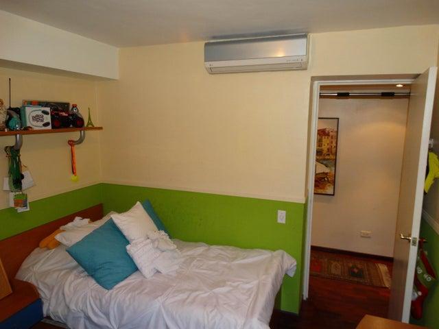 Apartamento Distrito Metropolitano>Caracas>Guaicay - Venta:40.384.000.000 Bolivares Fuertes - codigo: 16-16606