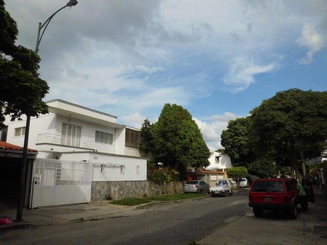 Casa Distrito Metropolitano>Caracas>La California Norte - Venta:197.941.000.000 Precio Referencial - codigo: 16-16900