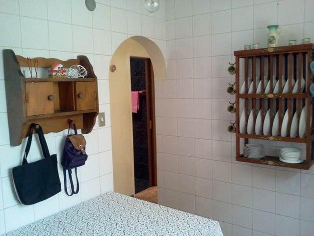Casa Miranda>Guatire>El Castillejo - Venta:19.156.000.000  - codigo: 16-16706