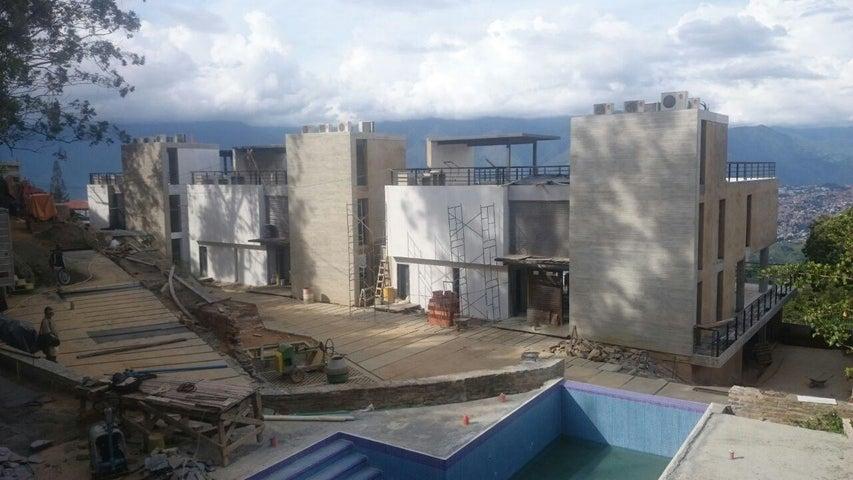 Casa Distrito Metropolitano>Caracas>Alto Hatillo - Venta:211.502.000.000 Bolivares - codigo: 15-14899