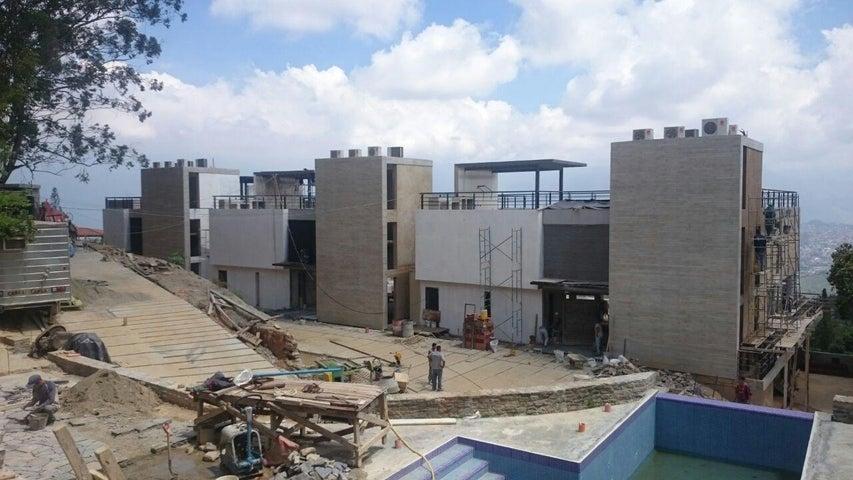 Casa Distrito Metropolitano>Caracas>Alto Hatillo - Venta:230.726.000.000 Bolivares - codigo: 15-14898