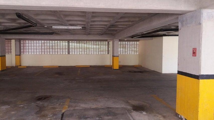 Apartamento Distrito Metropolitano>Caracas>Miravila - Venta:8.058.000.000 Bolivares Fuertes - codigo: 16-16920