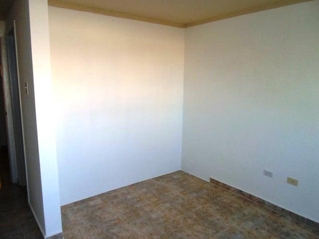 Apartamento Nueva Esparta>Margarita>Costa Azul - Venta:8.058.000.000 Bolivares Fuertes - codigo: 16-16896