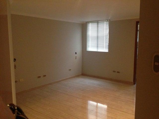 Apartamento Zulia>Maracaibo>La Lago - Venta:307.686.000.000 Precio Referencial - codigo: 16-16916