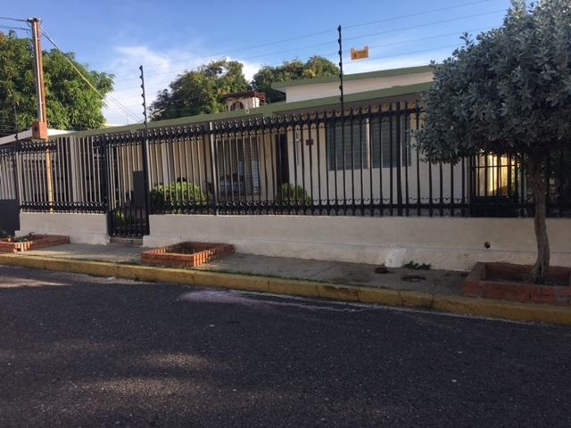 Casa Zulia>Maracaibo>Monte Bello - Venta:25.419.000.000 Precio Referencial - codigo: 16-16968