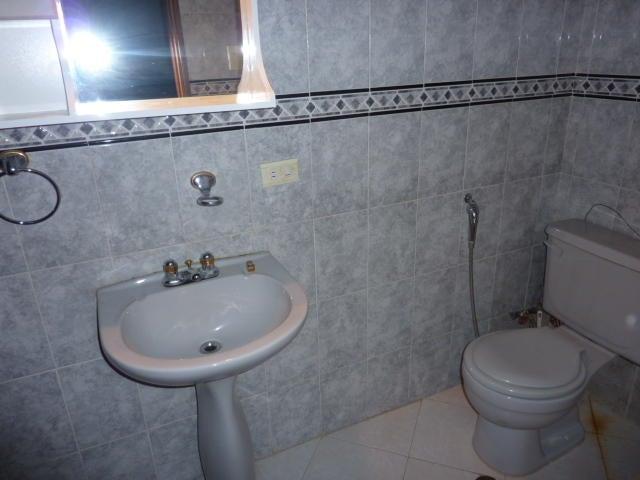 Townhouse Zulia>Ciudad Ojeda>Campo Claro - Venta:75.631.000.000 Precio Referencial - codigo: 16-17015