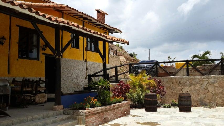 Casa Aragua>La Victoria>Loma Brisa - Venta:65.000.000.000 Bolivares - codigo: 16-17069