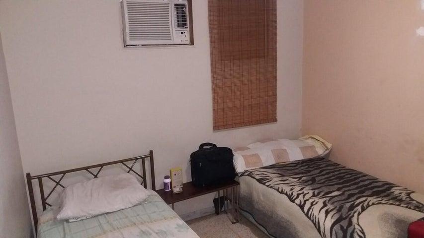 Apartamento Distrito Metropolitano>Caracas>Chacao - Venta:720.000.000 Bolivares Fuertes - codigo: 16-17102