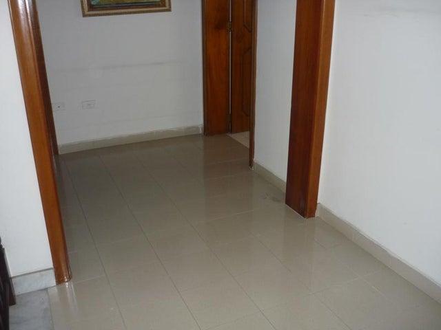 Casa Carabobo>Valencia>Las Chimeneas - Venta:223.273.000.000 Precio Referencial - codigo: 16-17624