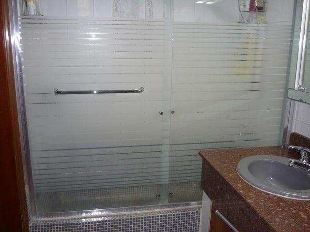Casa Carabobo>Valencia>Las Chimeneas - Venta:60.000 US Dollar - codigo: 16-17624