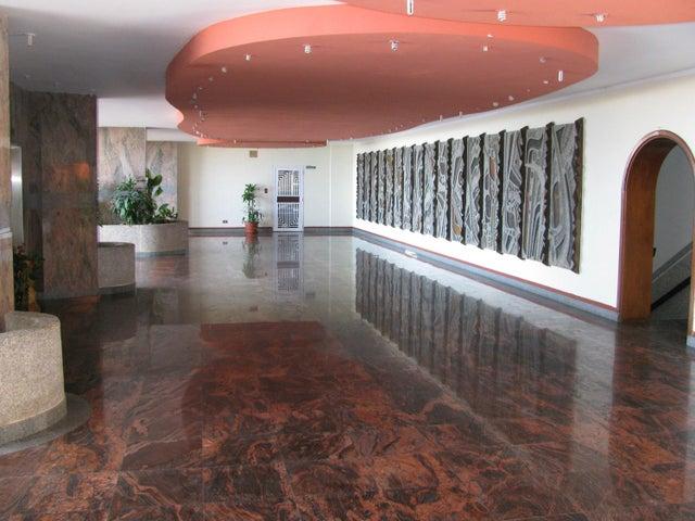 Apartamento Vargas>La Guaira>Macuto - Venta:12.508.000 Precio Referencial - codigo: 16-17250