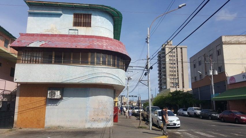 Edificio Zulia>Ciudad Ojeda>Avenida Bolivar - Venta:34.013.000 Precio Referencial - codigo: 16-17170