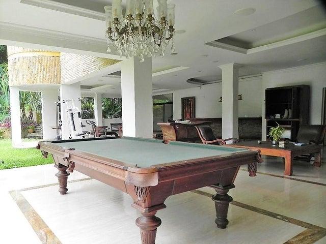 Casa Distrito Metropolitano>Caracas>Alto Hatillo - Venta:1.652.264.000.000 Precio Referencial - codigo: 16-17188